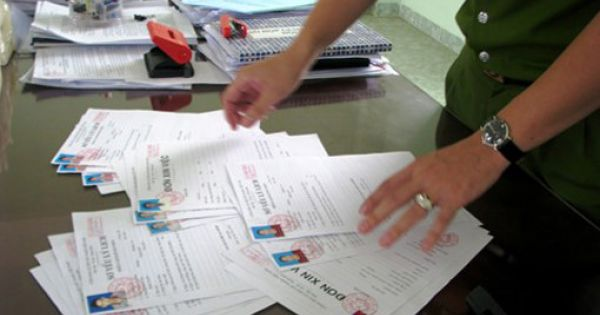 Phó Trưởng phòng Ban Tổ chức Tỉnh ủy Quảng Bình lừa xin việc chiếm đoạt tiền