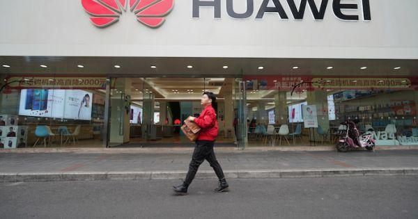 Google bắt đầu ngừng nhiều hoạt động kinh doanh với Huawei