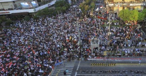 Indonesia: Hậu bầu cử, dòng người biểu tình đổ về Jakarta