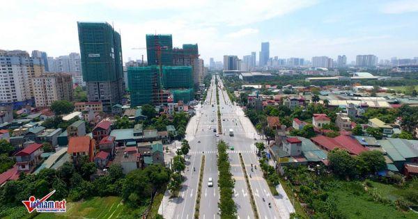 Tình trạng nhếch nhác rác thải dọc tuyến đường 1.500 tỷ ở Hà Nội