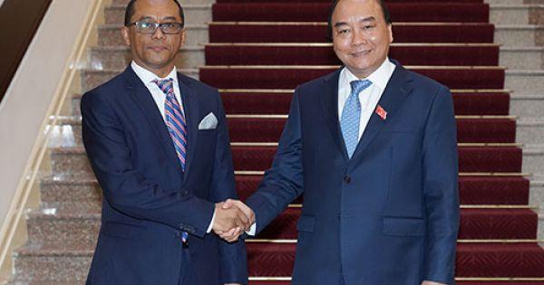 Thủ tướng Chính phủ tiếp Bộ trưởng Ngoại giao và Hợp tác Timor-Leste