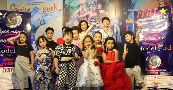 Người mẫu nhí Việt Nam – Model kid Vietnam 2019 tới thăm Nhà hát Tuổi trẻ Việt Nam