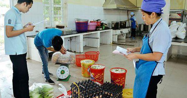 Bếp ăn Bệnh viện Hữu Nghị Đa khoa Nghệ An bị xử phạt về an toàn thực phẩm