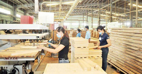 Cảnh báo DN Việt tiếp tay hàng Trung Quốc lách thuế vào Mỹ