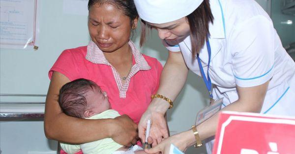 Cần khách quan hơn khi đánh giá nguyên nhân tai biến sau tiêm vắc xin