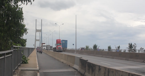 Tai nạn liên hoàn trên cầu Phú Mỹ: Thiệt hại hàng trăm triệu đồng vẫn không bị khởi tố?