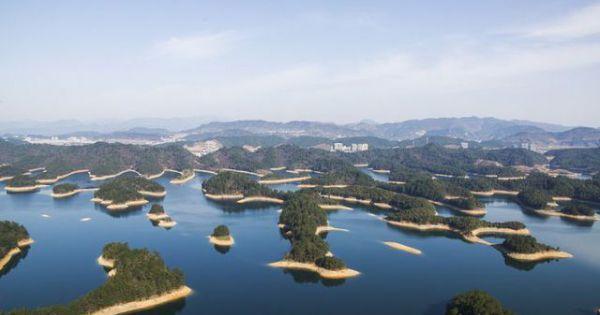 Thành phố cổ đại dưới đáy hồ suốt nghìn năm, vẫn còn nguyên vẹn