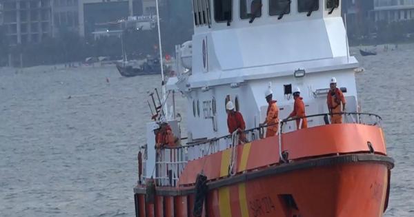 Cứu thành công thuyền viên bị tai nạn đa chấn thương trên biển
