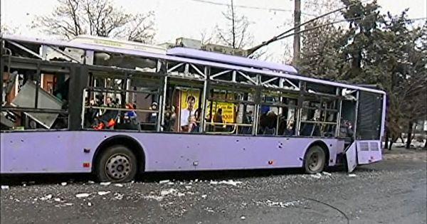 Đoàn xe của Tổng thống Ukraine gặp tai nạn