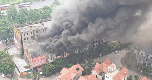 Hàng chục căn biệt thự bị cháy tại hà nội