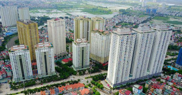 """Hà Nội quyết định tạm dừng thu hồi """"sổ đỏ"""" tại loạt chung cư sai phạm"""