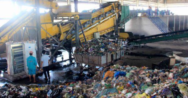 Công ty Xử lý rác thải Bến Tre bị phạt 260 triệu đồng vì gây ô nhiễm môi trường