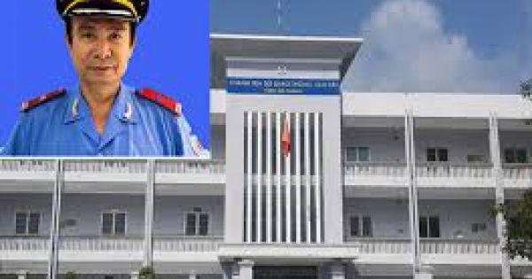"""Phó Chánh Thanh tra Sở GTVT An Giang bị cảnh cáo vì """"giải cứu"""" xe vi phạm"""