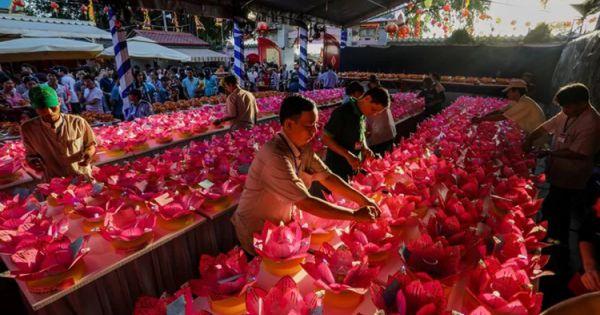 Giáo hội Phật giáo Việt Nam kêu gọi không thả hoa đăng nhựa, bảo vệ môi trường