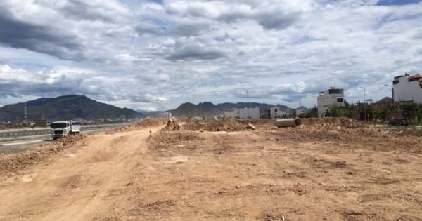 """Kiểm tra Dự án BT 1.200 tỷ đổi """"đất vàng"""" sân bay Nha Trang 2 năm chỉ  làm được 200m cầu vượt"""