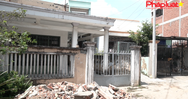 Kỳ 2: Ngang nhiên đập phá tường nhà hàng xóm: UBND phường đã làm đúng trách nhiệm???