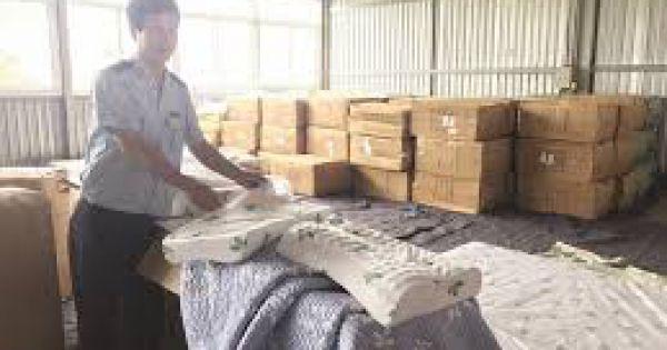 Không để Việt Nam thành điểm trung chuyển hàng hóa gian lận