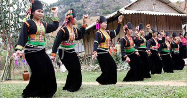 Âm nhạc của người Khơ Mú ở Nghệ An và Điện Biên