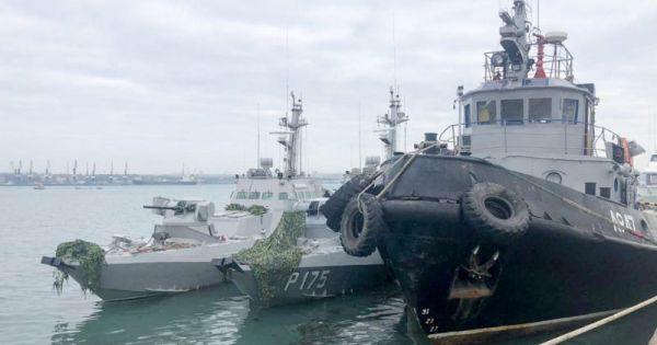Nga trao trả 3 tàu chiến cho Ukraine