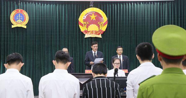 Quảng Trị: Xét xử 9 nam sinh cưỡng bức bạn gái