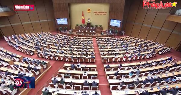 Bế mạc kỳ họp thứ 8 Quốc hội khoá XIV: Thông qua 11 luật, cho ý kiến 10 dự án luật