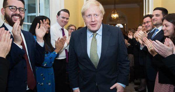 Bầu cử Anh: Đảng Bảo Thủ giành chiến thắng áp đảo