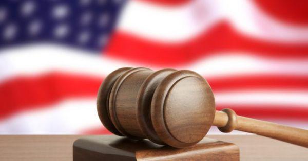 Tòa án Tối cao Mỹ thụ lý sự vụ liên quan hồ sơ thuế của TT Trump