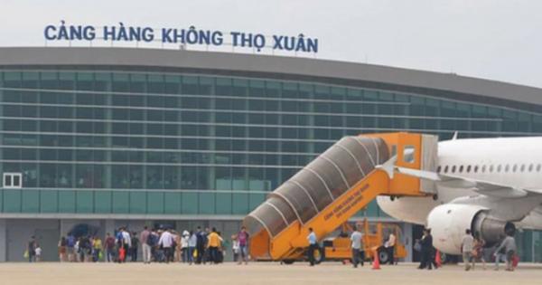 Khởi tố đối tượng mang thuốc nổ vào sân bay
