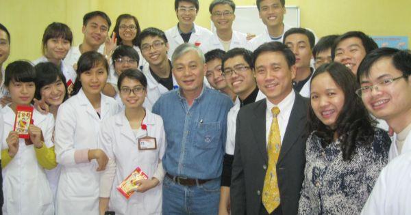 Tranh cãi xung quanh việc Trường ĐH Y Hà Nội