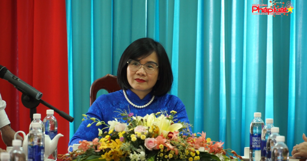 Thứ trưởng Đặng Hoàng Oanh gặp mặt các học viên lớp đào tạo THADS Lào