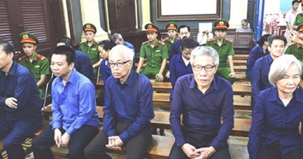 Nguyên Tổng giám đốc DongABank Trần Phương Bình bị truy tố tội mới
