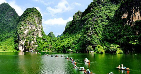 Du lịch Ninh Bình phấn đấu đón gần 7,8 triệu lượt khách năm 2020