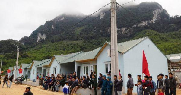 Thanh Hóa: Dân vùng lũ Sa Ná đón Tết cổ truyền trong những ngôi nhà mới