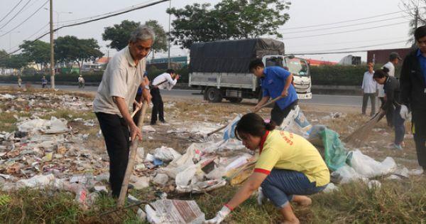TP HCM đồng loạt ra quân làm sạch môi trường