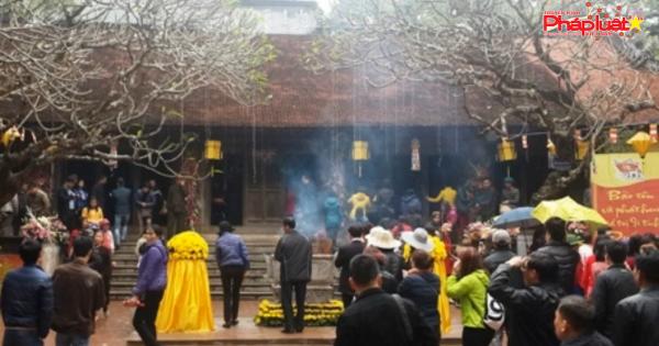 Đi chùa xin lộc đầu năm - Nét đẹp truyền thống Việt