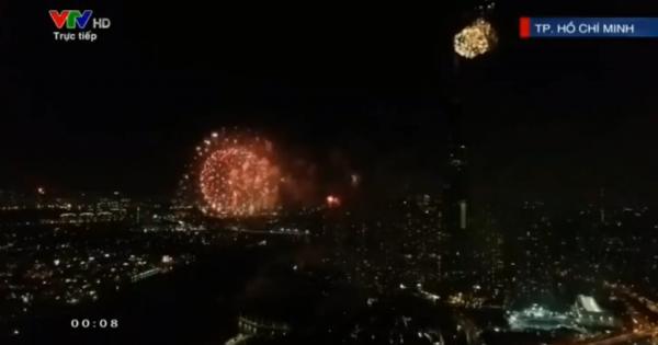 Toàn cảnh bắn pháo hoa đêm giao thừa 2020 tại ba miền đất nước