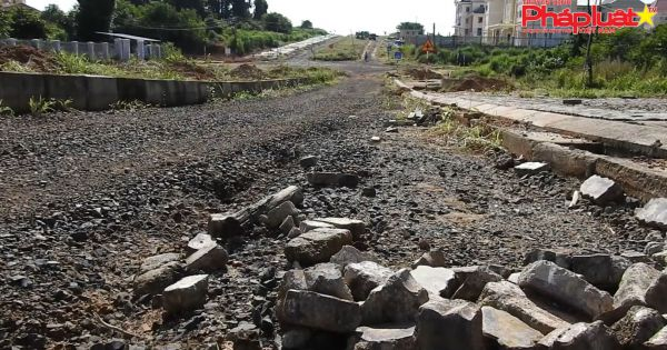 Kon Tum: Dấu hỏi cho chất lượng của hàng loạt công trình tại huyện Ia H'Drai