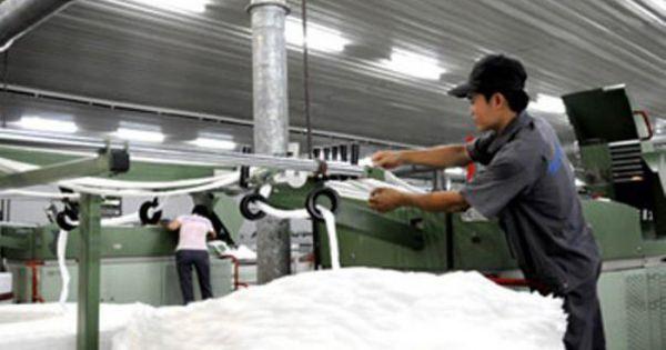 Thiếu nguyên liệu, doanh nghiệp đối mặt với nguy cơ ngừng sản xuất