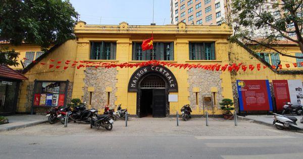 Văn Miếu, Nhà tù Hỏa Lò...tạm đóng cửa, phun khử khuẩn chống Covid-19