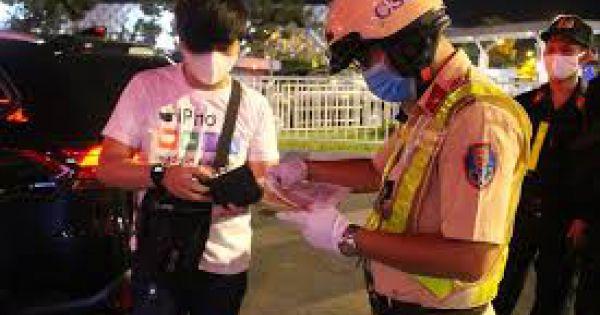 Siết chặt kiểm soát y tế cửa ngõ Tân Sơn Nhất