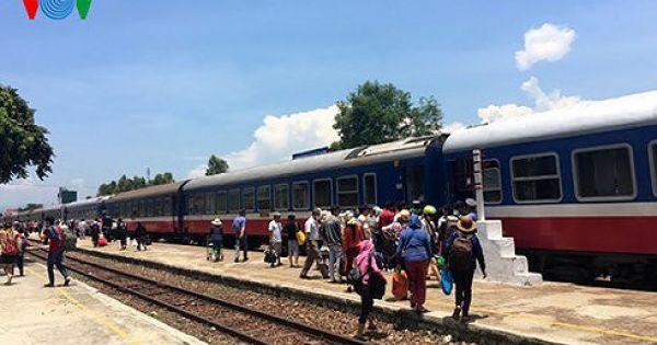 Quảng Nam kiến nghị dừng tàu chở khách từ TP HCM, Hà Nội về