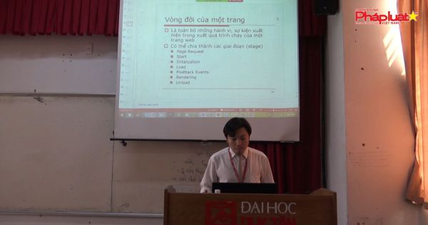 day-va-hoc-online-thoi-dich-benh-tai-truong-dai-hoc-duy-tan