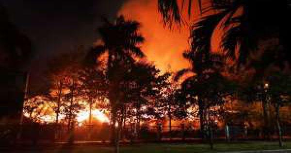Kho hạt điều 15.000 tấn cháy cả ngày đêm vẫn chưa tắt