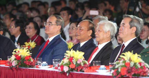 Cầu truyền hình 'Hồ Chí Minh - Sáng ngời ý chí Việt Nam'