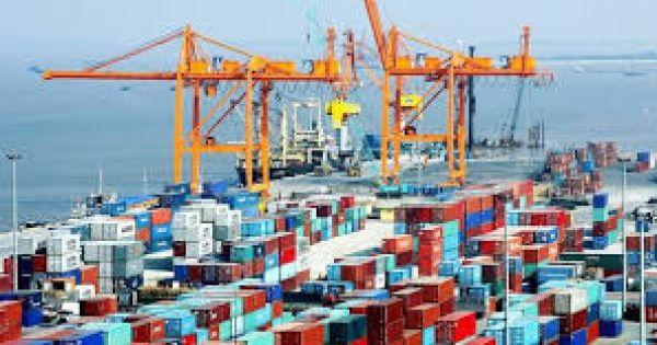 5 tháng, Việt Nam xuất siêu 1,9 tỷ USD