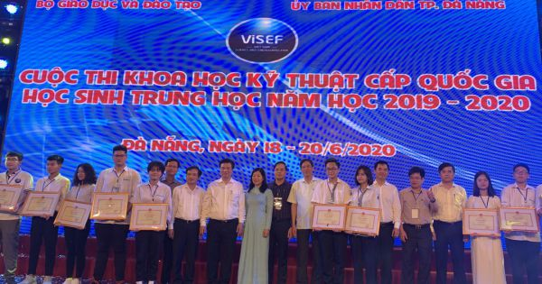Học sinh Lào Cai dẫn top đầu Cuộc thi Khoa học Kỹ thuật cấp quốc gia