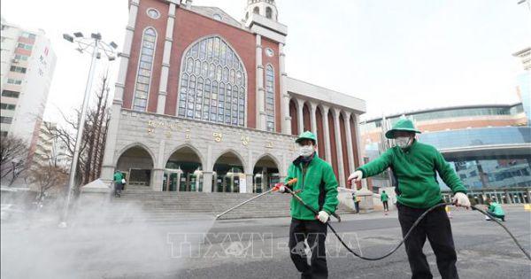 Hàn Quốc: Thêm các ổ dịch COVID-19 mới, cấm tụ tập nhóm nhỏ tại nhà thờ
