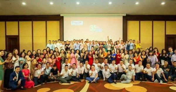 Gala kỷ niệm 35 năm thành lập Báo Pháp luật Việt Nam: Ấm cúng, thân mật và đầy cảm xúc