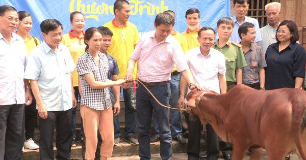 Trao tặng quà cho gia đình chính sách và gia đình có hoàn cảnh khó khăn họ Hoàng - Huỳnh Việt Nam