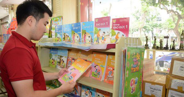 Bộ GD&ĐT yêu cầu nhà trường không ép học sinh mua sách tham khảo